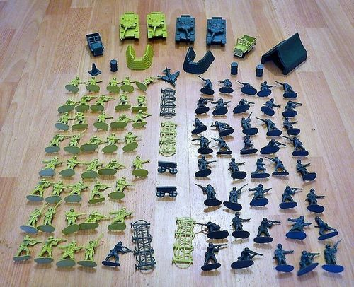 ARMAMENT PLASTIC TOY SOLDIERS JUMBO ARMY SET TANKS BARRIER TENT COMBAT FORCE 100