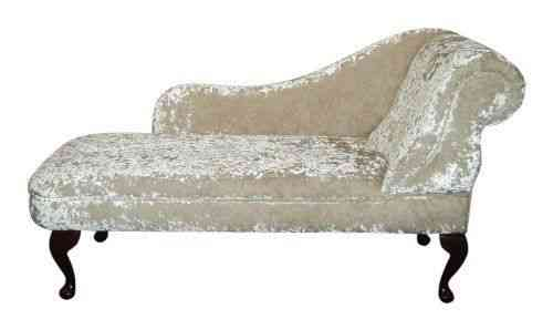 Awe Inspiring Chaise Longue In A Luxurious Light Beige Crushed Velvet Fabric Gmtry Best Dining Table And Chair Ideas Images Gmtryco