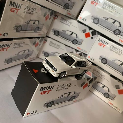 E30 3 series Mini GT  1:64 Diecast Model