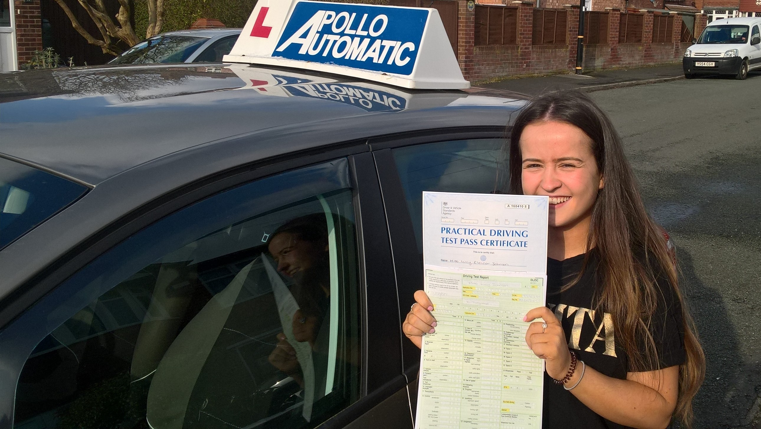 Lucy_Johnson_Automatic_Driving_Lessons_4_U_Altrincham