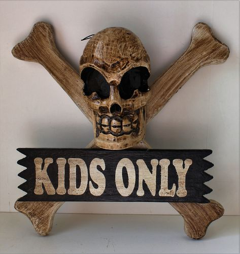 Medium Pirate Plaque - Kids Only
