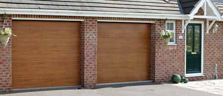 Gliderol insulated sectional garage door fitted to a new build home