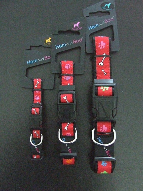 HEM AND BOO - Red Paws & Bones Clip Collar - Small, Medium & Large