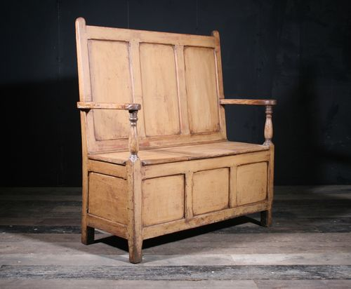 Welsh Pine Settle SOLD