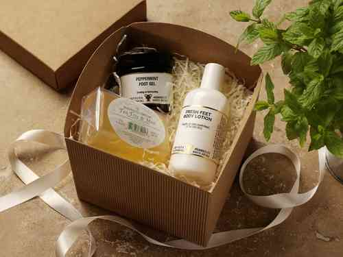 Best foot forward Gift Box by Amphora Aromatics