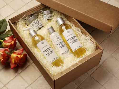 Organic Originals Gift Box by Amphora Aromatics