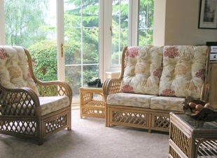 Cane_Conservatory_southwold_sofa